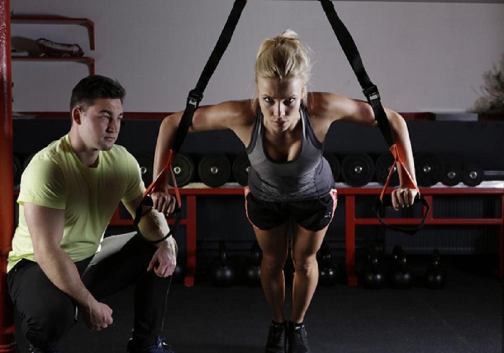 Treinar com personal trainer pode ser uma excelente experiência, exceto por alguns fatores.